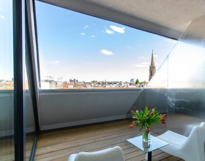 Modern penthouse right in the urban Viennese-Flair